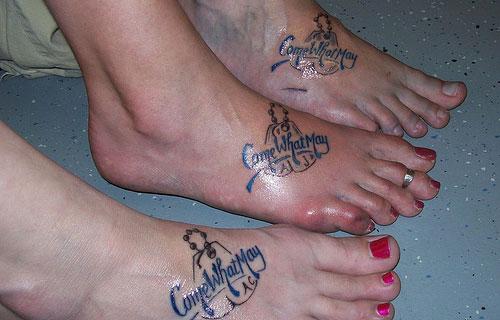 Best friend tattoo idea - script tattoo design on foot