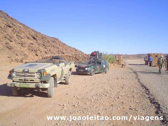 Protecção militar de Gueltat Zemmour até Layoune