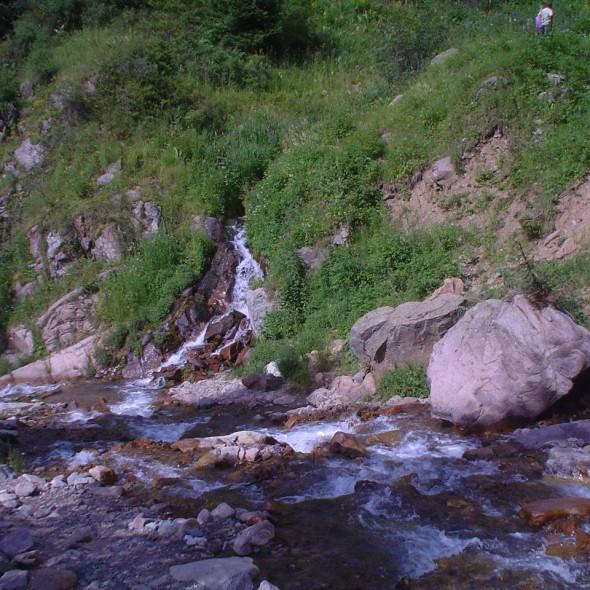 Cascatas do Urso, Cazaquistão