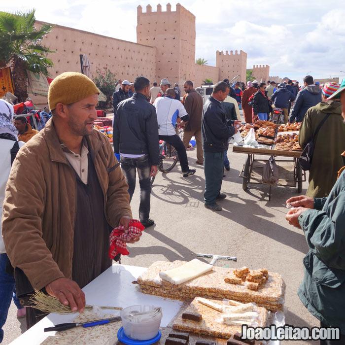 Souq el Khemis em Marrakech