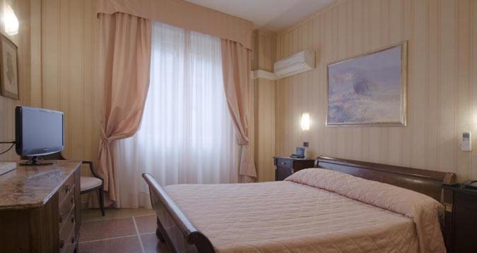 Hotel la Pace em Pisa