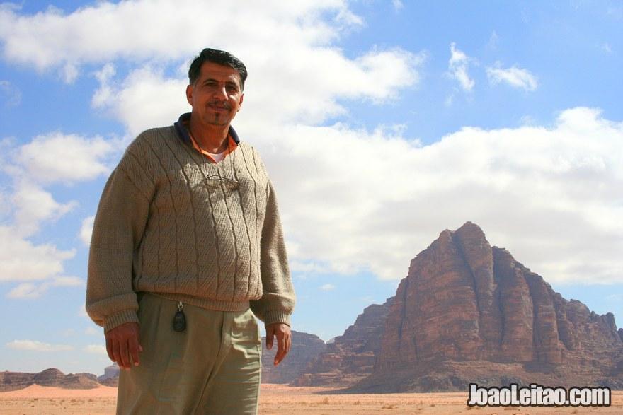 O taxista muito simpático Mohammad Hamzat de Aqaba