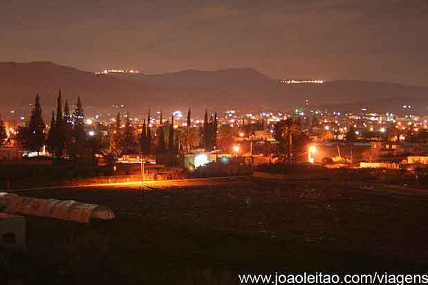 Cidade de Jericó de Noite, Palestina Cisjordânia