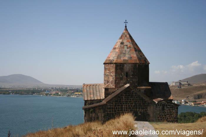 Mosteiro Sevan no Lago Sevan, Sevanavank na Arménia 2