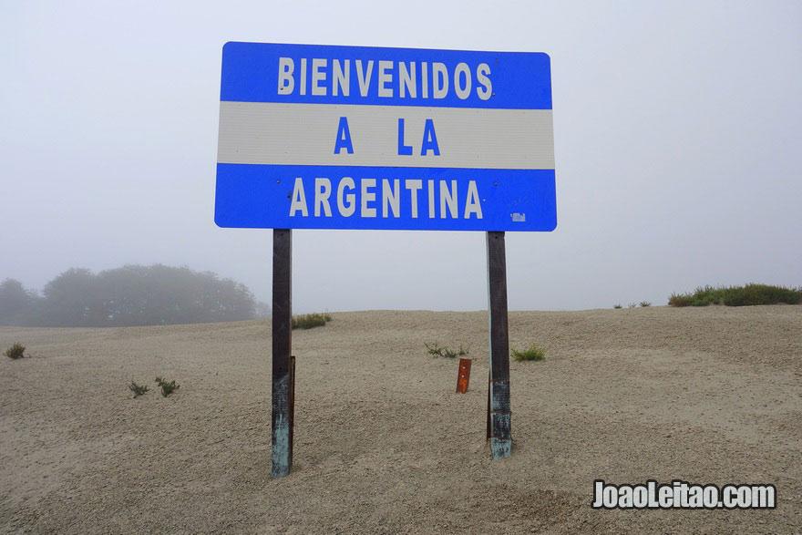 A fronteira entre a Argentina e o Chile tem 5.150 KM é a 3º maior do mundo