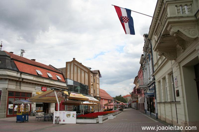 Fotografia de Dakovo na Croácia