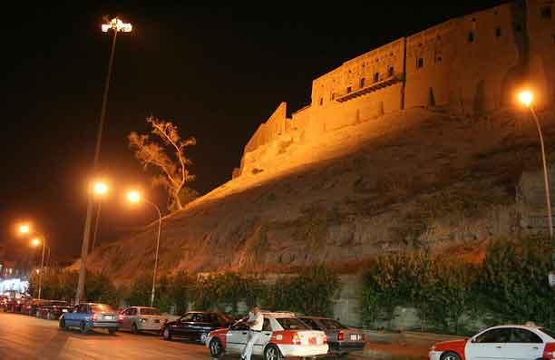 Erbil de noite, Região Curdistão, Iraque