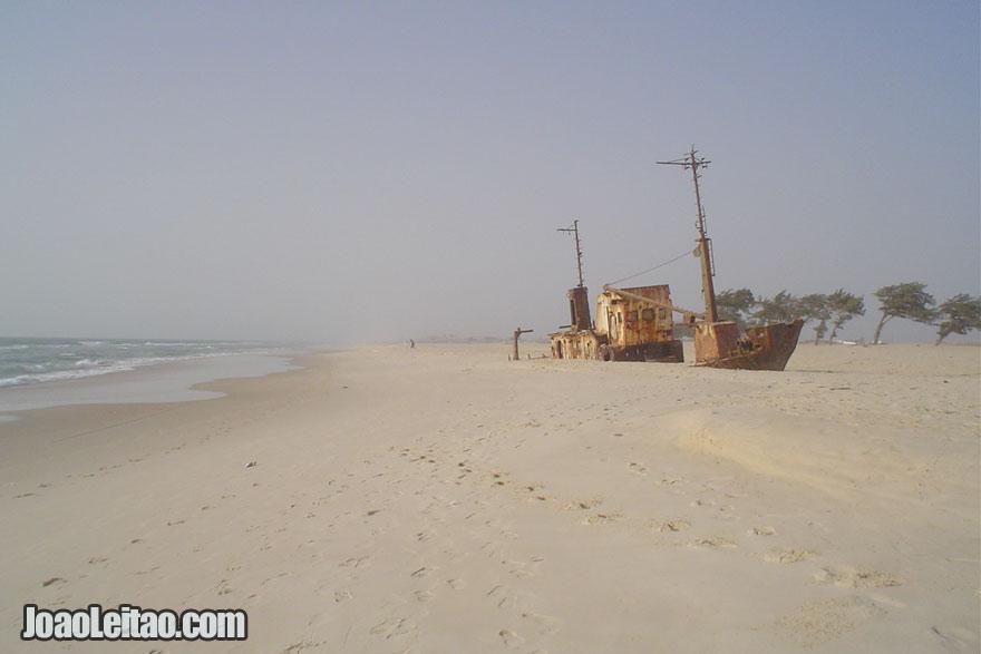 Praia em Saint Louis, Visitar o Senegal