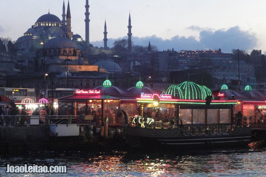 Fotografia de Eminonu em Istambul, Turquia