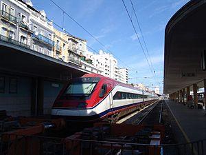 Alfa Pendular na Estação de Santa Apolónia em Lisboa