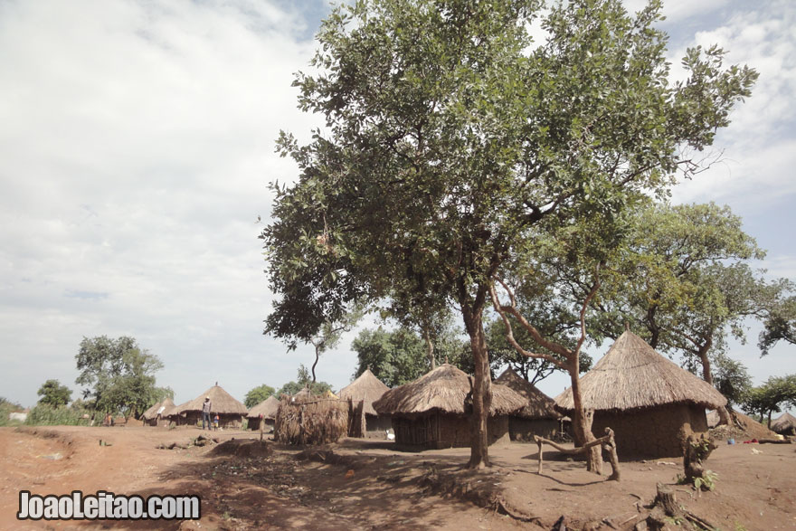 Casa típicas em Ganji, Visitar o Sudão do Sul