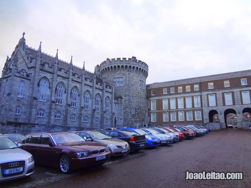 Foto da Torre dos Registos do Castelo de Dublin