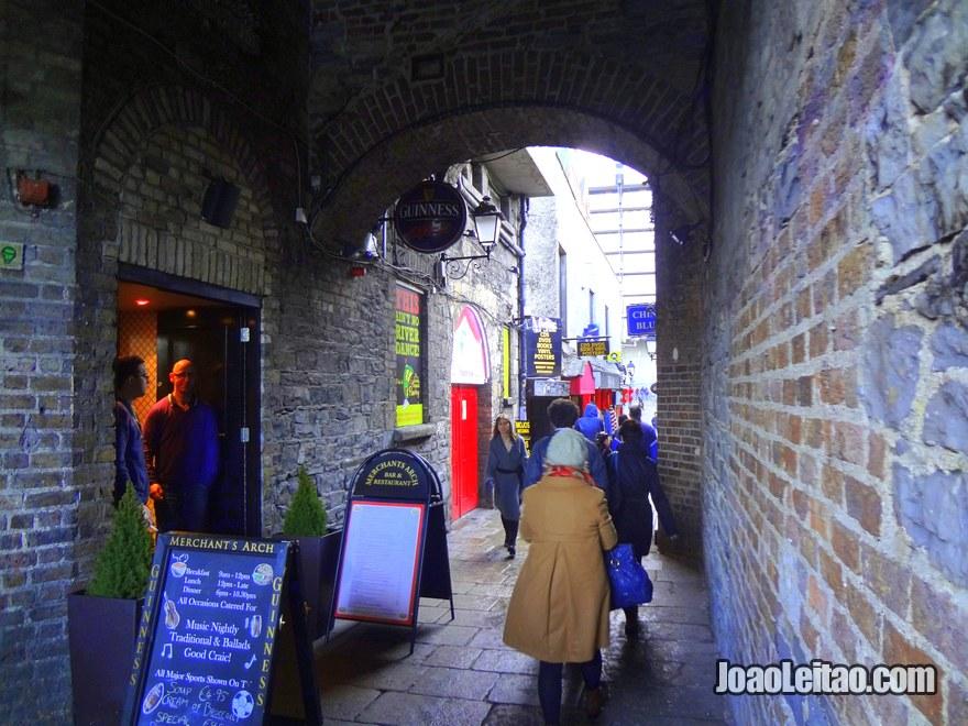 Temple Bar é um dos bairros mais famosos de Dublin