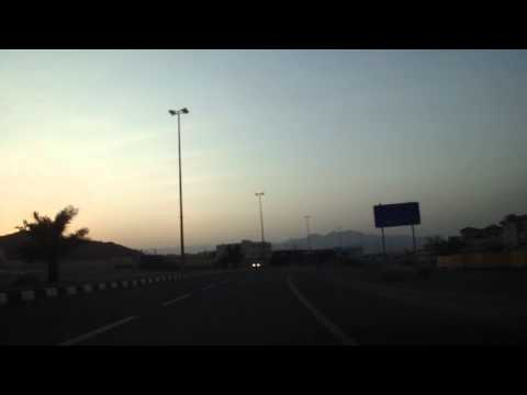 Vídeo conduzir chegada a Dibba, Fujairah, Emirados Árabes Unidos 29