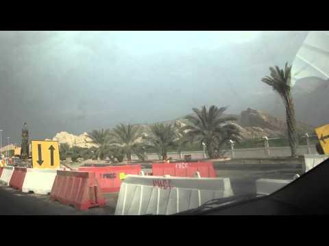 Vídeo conduzir chegada à montanha Jbel Hafeet em Al Ain, Emirados 2