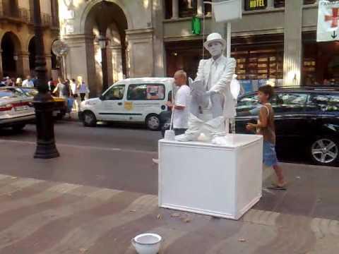 Vídeo Espectáculo de rua em Barcelona, Espanha 1