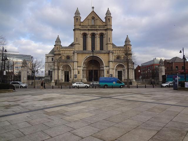 Catedral de Santa Ana em Belfast, Irlanda do Norte 17