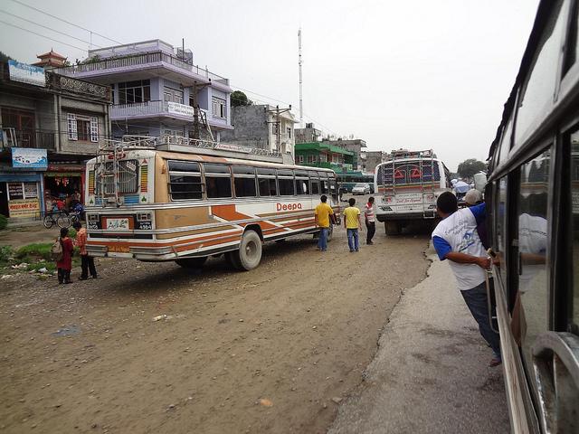 Autocarro desde Tansen até Lumbini via Bhairahawa, Nepal 1