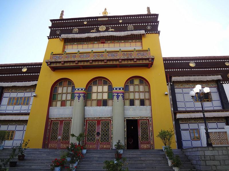 Palácio Dechen em Shigatse, Tibete 8