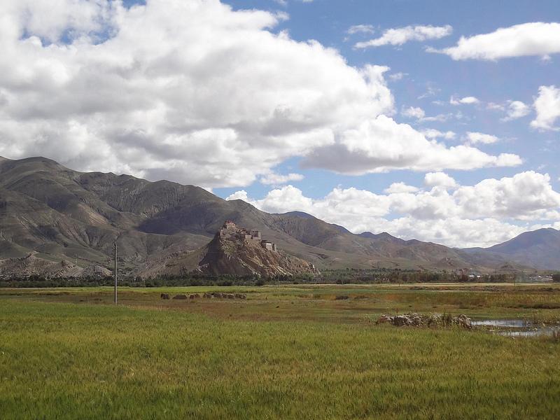 Fotografias entrada cidade Gyantse, Tibete 18