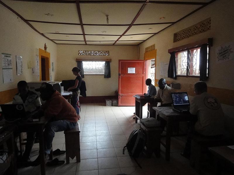 Cyber Café Ste Madeleine, Aru RDC 1