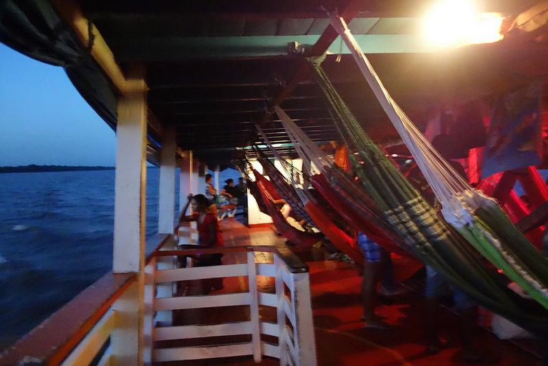 Como poupar dinheiro a viajar de barco no Rio Amazonas 1