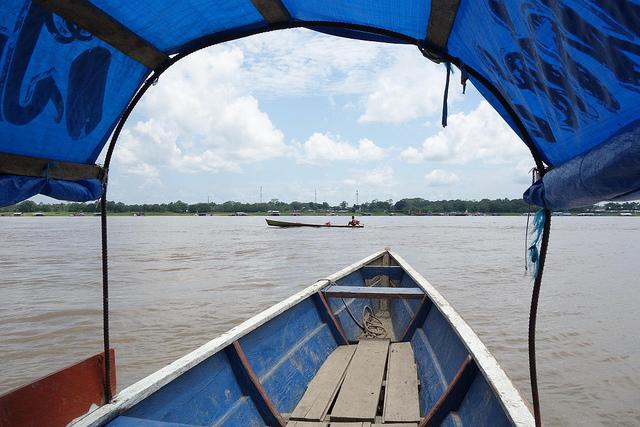Barco de Santa Rosa até Tabatinga, Peru até Brasil 1