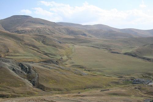 Fotografias caminho Lago Sevan, fronteira Nagorno Karabakh, Arménia 1