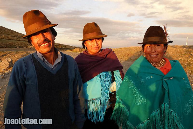 Pessoas a quem dei boleia em Guangaje nas Montanhas dos Andes, Visitar o Equador