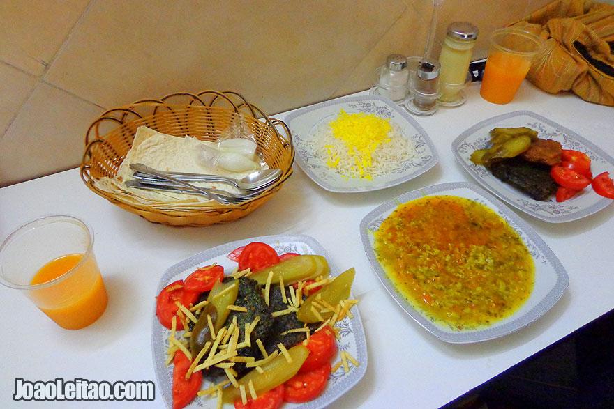 Comida iraniana