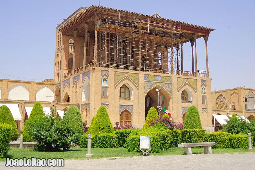 Palácio Ali Qapu em Isfahan