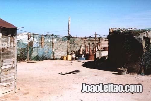 Aldeia de pescadores de Nouamghar na Mauritânia
