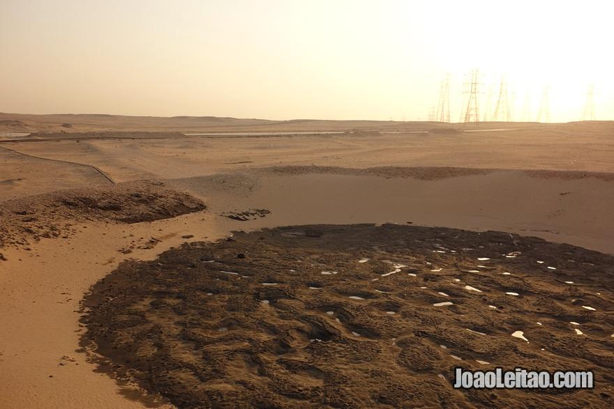 Lago de petróleo Al Bahra