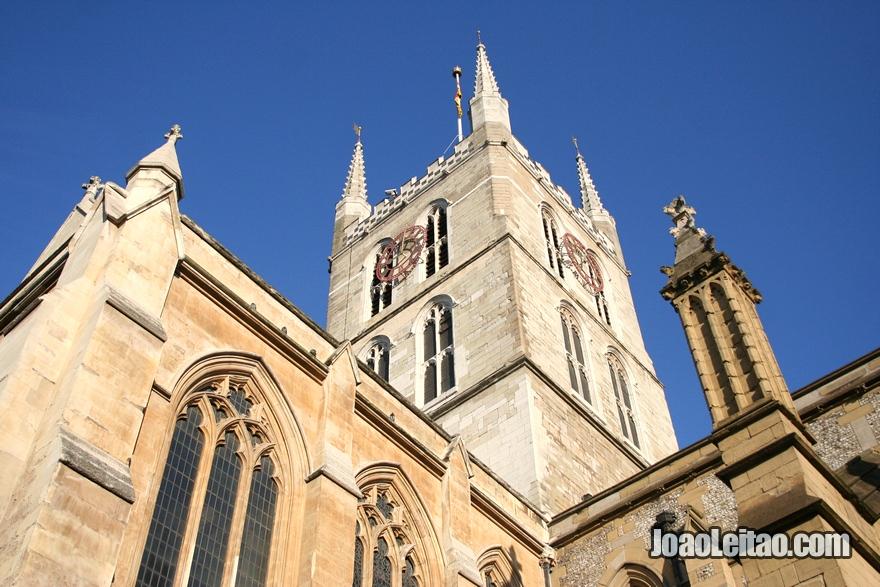 Exterior da Catedral de Southwark em Londres