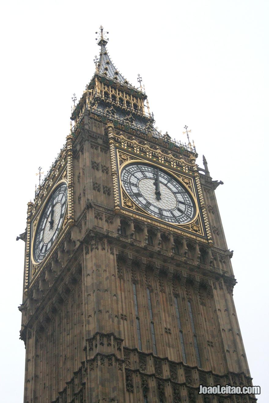 Torre do famoso relógio Big Ben da  Elizabeth Tower