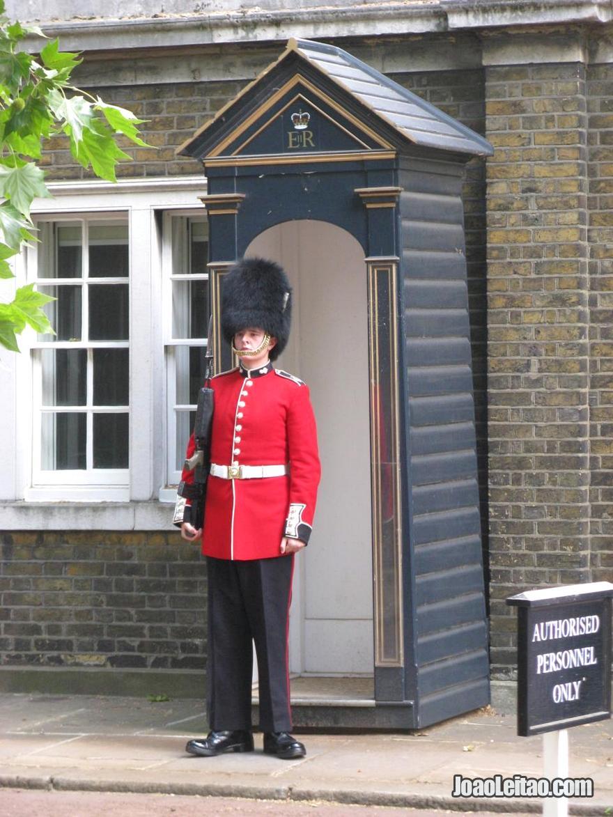 Guarda real inglês em Londres