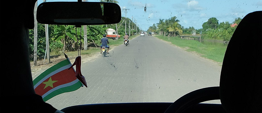 Autocarro / Ônibus de Zuiddrain para Paramaribo, Suriname