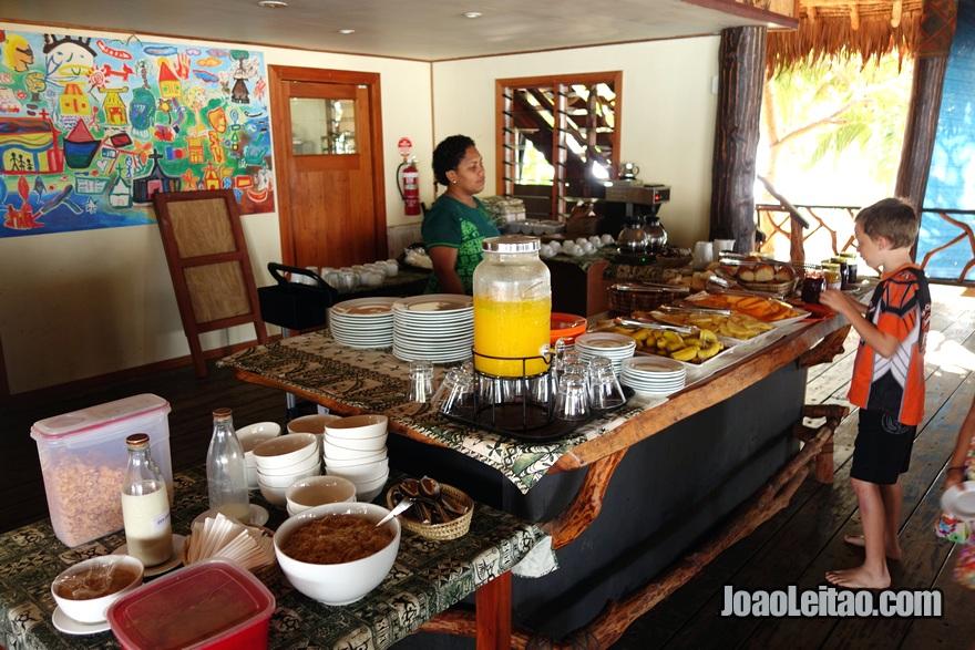Pequeno-almoço (café da manhã) do Hotel Leleuvia Island Resort nas Ilhas Fiji