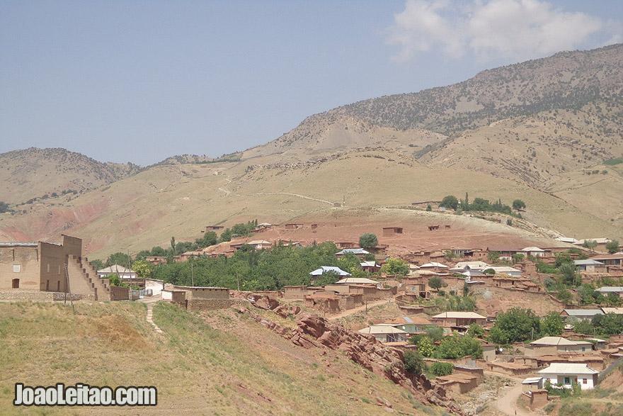 Vista sobre a aldeia de Katta Langar