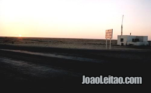 KM 40 antes de Dakhla em Marrocos