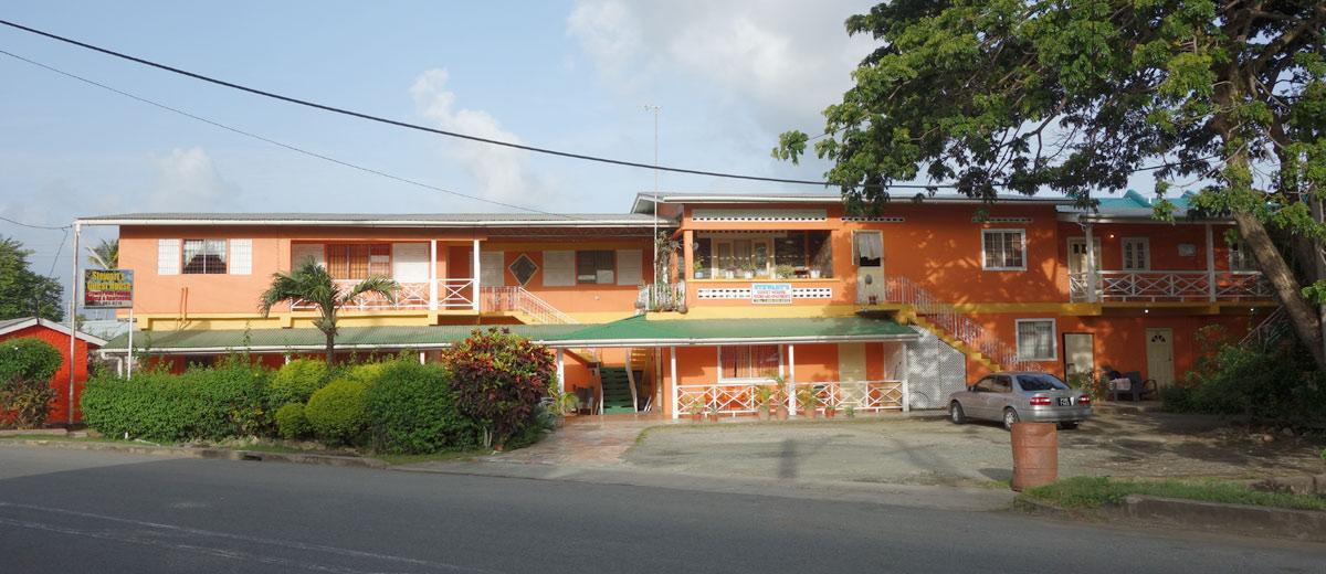 Guest House Stewart em Pigeon Point, Tobago