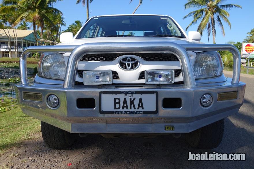 Matrículas personalizadas nos carros das Fiji