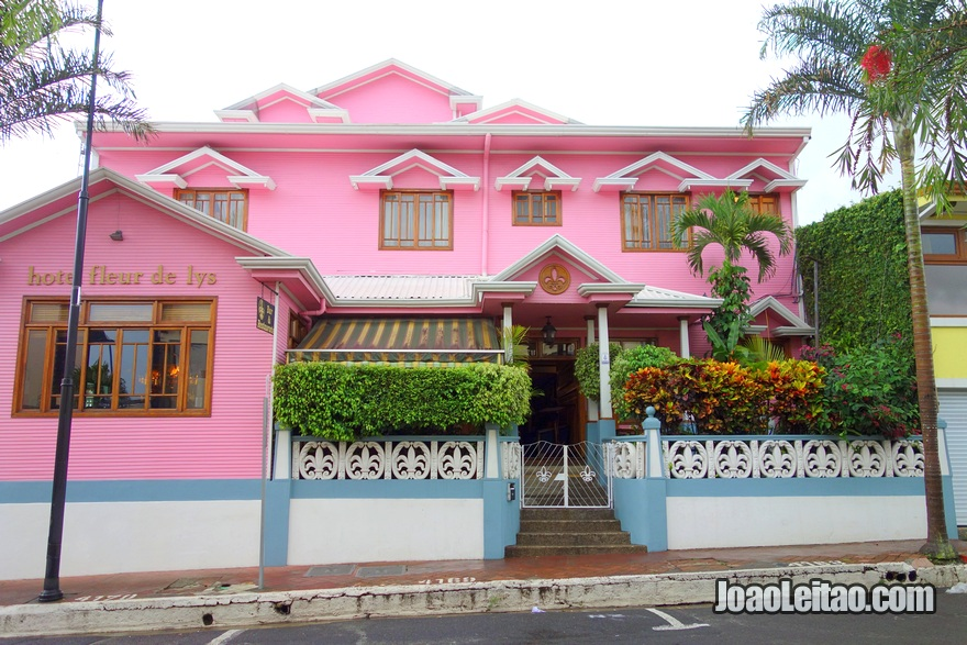 Fachada do Hotel Fleur de Lys em San José, Costa Rica
