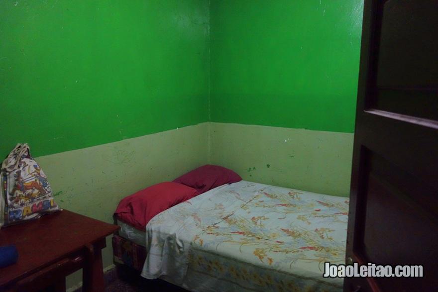 Quarto no Hotel San Isidro em La Ceiba, Honduras