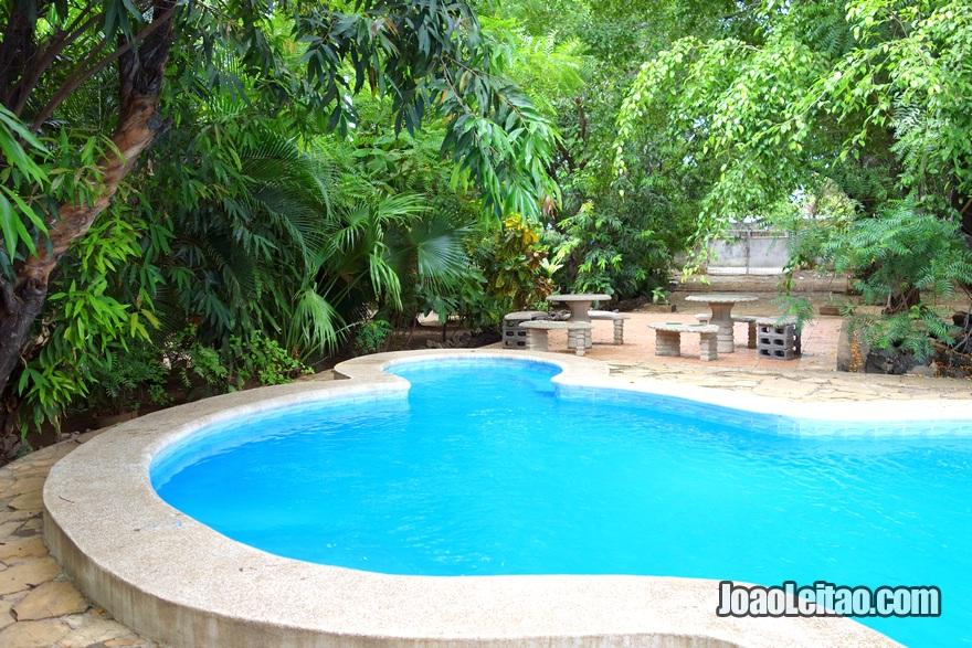 Piscina do Hotel Los Felipe em Manágua, Nicarágua