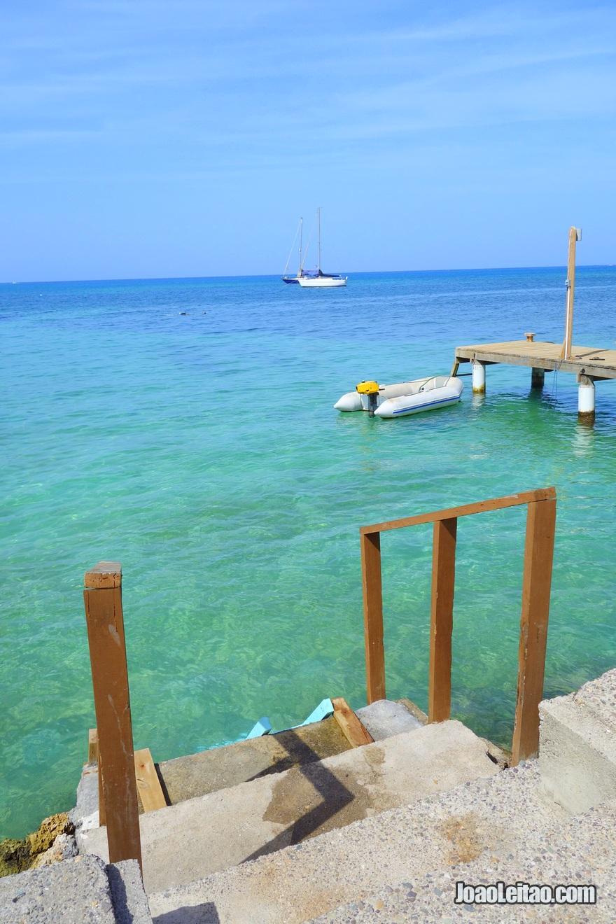 Traseiras do Hotel Utila na Ilha Útila, Honduras