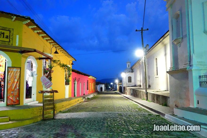 Rua principal de Suchitoto