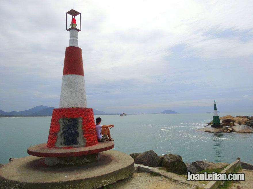 O farol da Barra da Lagoa em Florianópolis