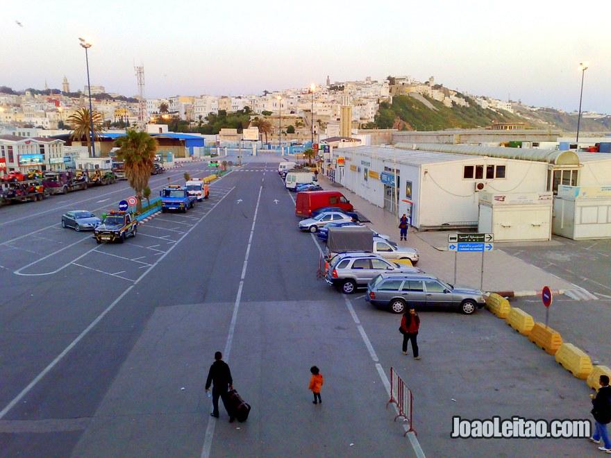 Foto do Porto de Tarifa visto do barco