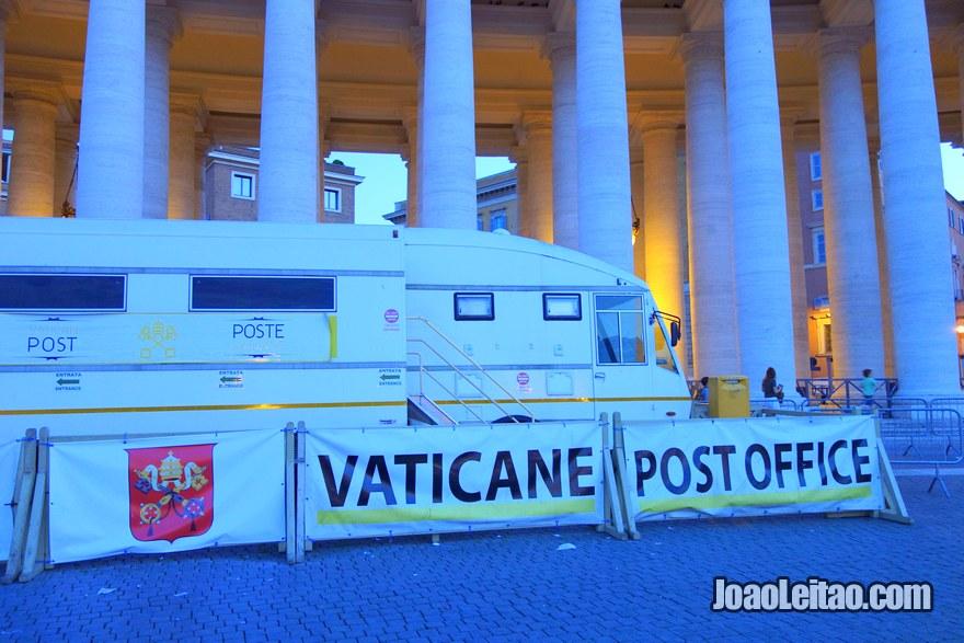 Correios do Vaticano de onde se pode enviar cartas e postais para o estrangeiro